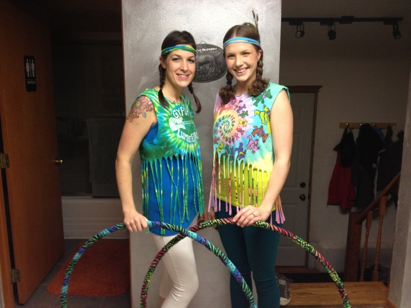 Cut up Fringe Tie-Die --Shirt Hooping Outfits