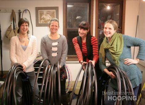 hoop, hula hoop, hoopdance, twistin vixens