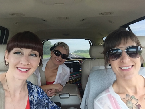 Twistin Vixens Hoopmobile Car Selfie