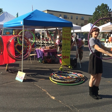 Twistin Vixens Hooping at Northeast Minneapolis Farmers Market