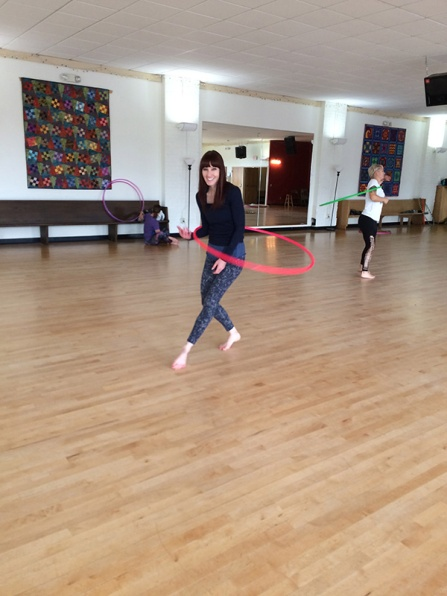 Twistin Vixens at Babz Robinson Hooping Workshop