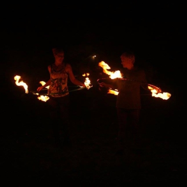 twistinVixens-fireHooping2